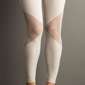 Accessories - Mesh leggings
